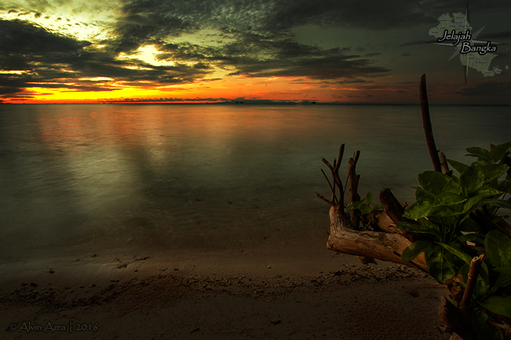 Sunrise dari Pulau Ketawai
