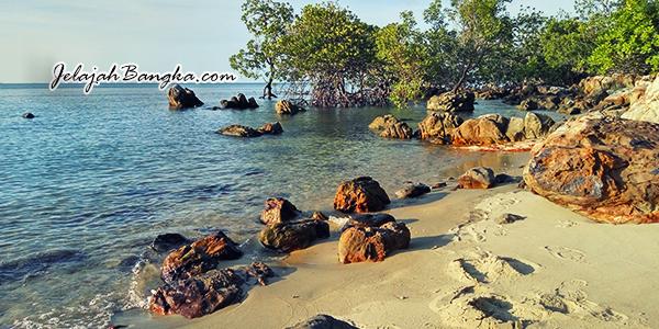 pantai-kelapan